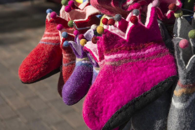 Pantofole di Felted fotografia stock