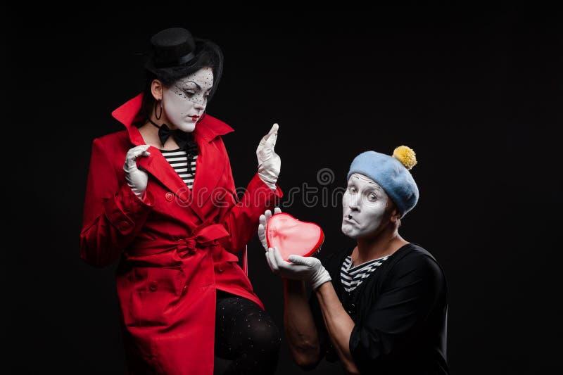 Pantomimen in der Liebe stockfoto