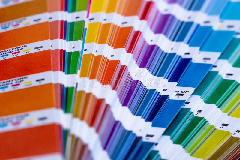 Pantone Beispielfarben stockbild
