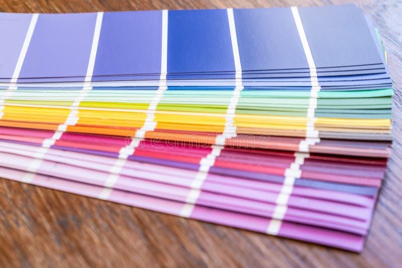 Pantone Beispielfarben lizenzfreies stockfoto