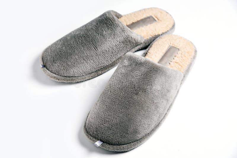 Pantoufle confortable d'homme gris photo libre de droits