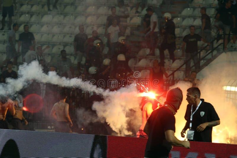 PAOK против быстрых бунтов футбольного матча стоковое фото rf