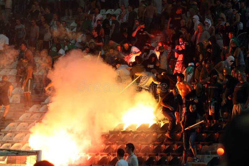 PAOK против быстрых бунтов футбольного матча стоковое изображение