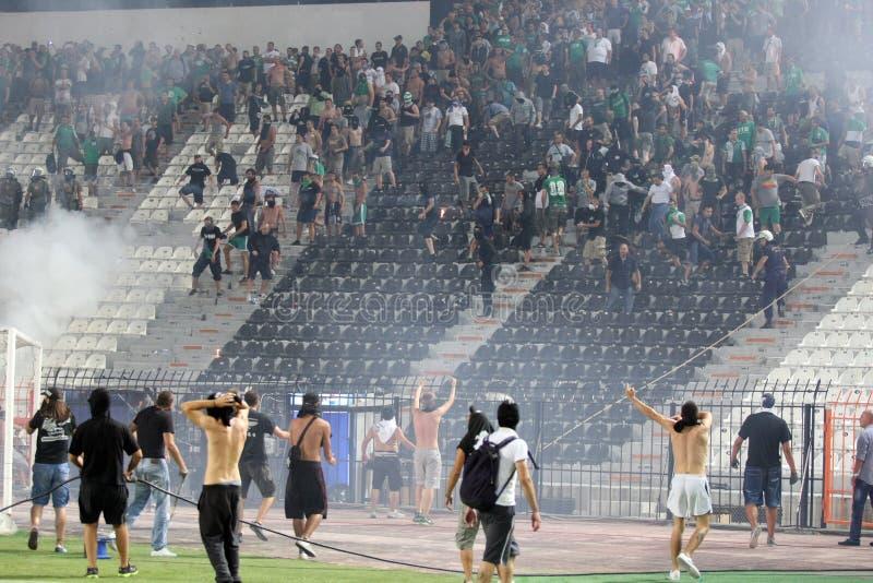 PAOK против быстрых бунтов футбольного матча стоковая фотография