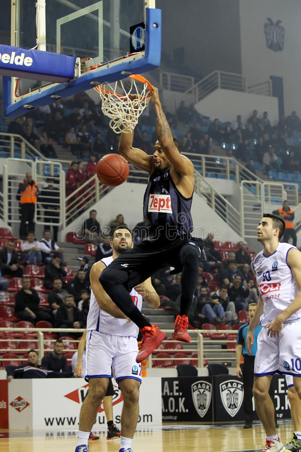 PAOK SALONIQUE contre le JEU de BUDUCNOST VOLI PODGORICA EUROCUP photo libre de droits