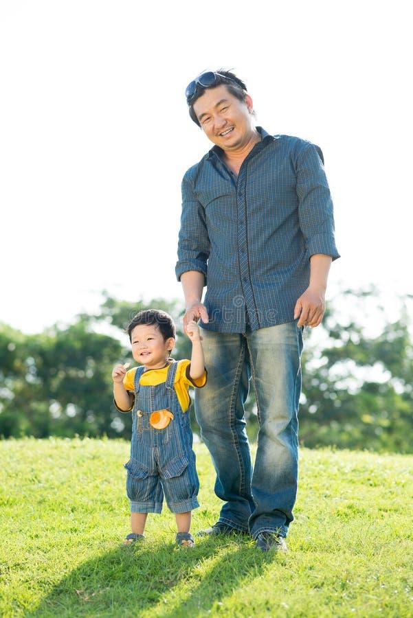 Papà e figlio fotografia stock libera da diritti