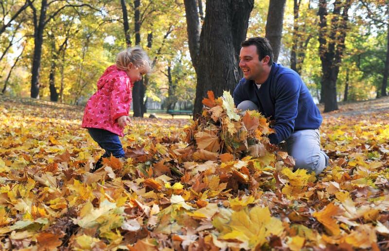 Papá e hija felices fotografía de archivo
