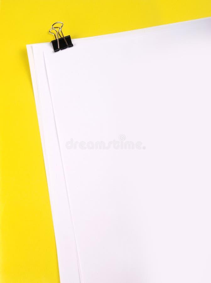 Papéis com grampo foto de stock