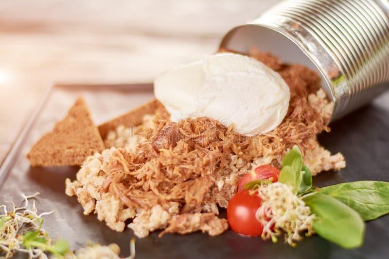 Papa de aveia da cevada de pérola com carne dietética fotos de stock royalty free