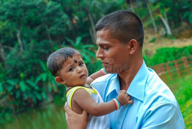 Papa en Dochter Mooie Ogenblikken Sri Lanka royalty-vrije stock foto