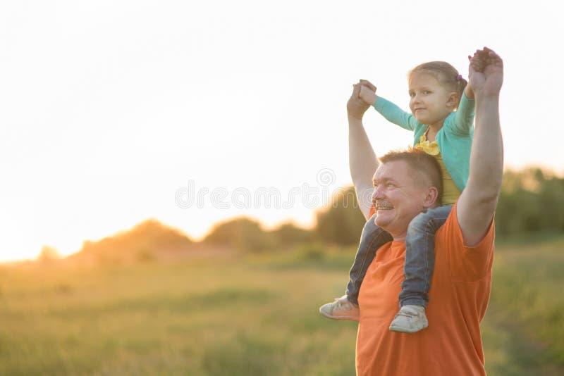 Papa et sa fille photographie stock