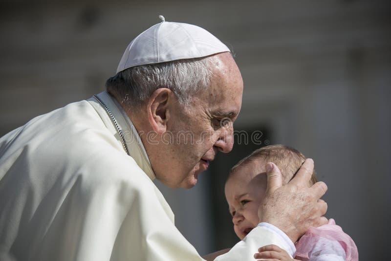 Papa Francis durante uma cerimônia semanal em Cidade Estado do Vaticano imagem de stock royalty free
