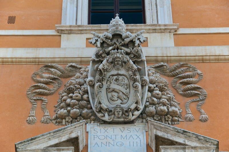 Papa Sisto V Pope Plate Stemma Effige Blasone Roma stock image