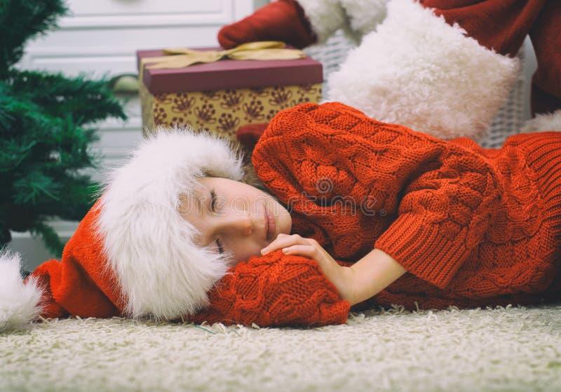Papai Noel que entrega presentes fotografia de stock royalty free