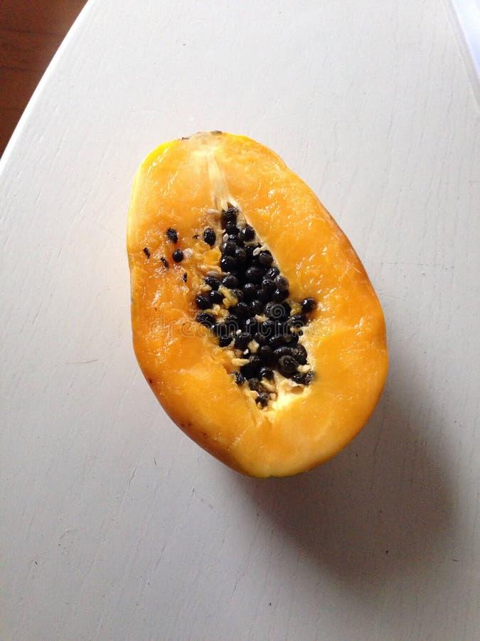 Papaia fresca imagem de stock royalty free