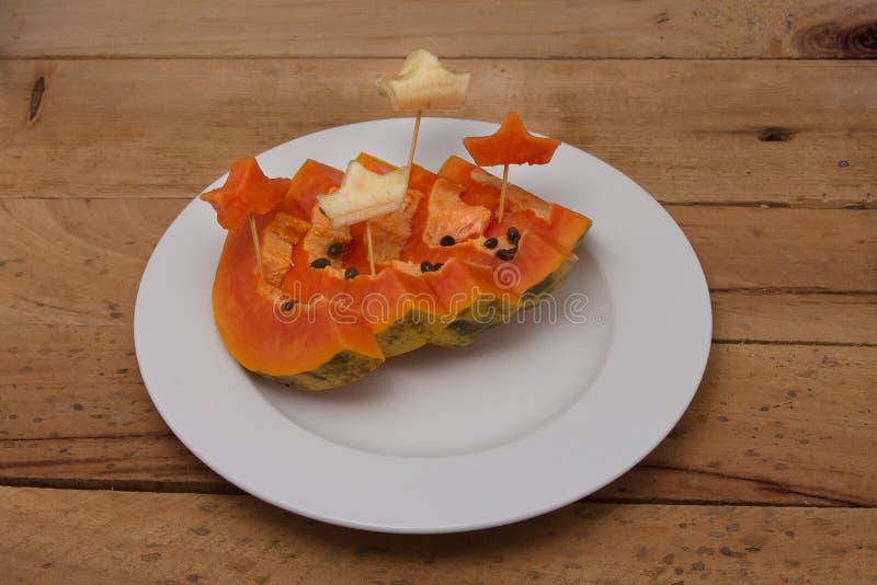 papaye Papaye fraîche coupée en tranches image libre de droits