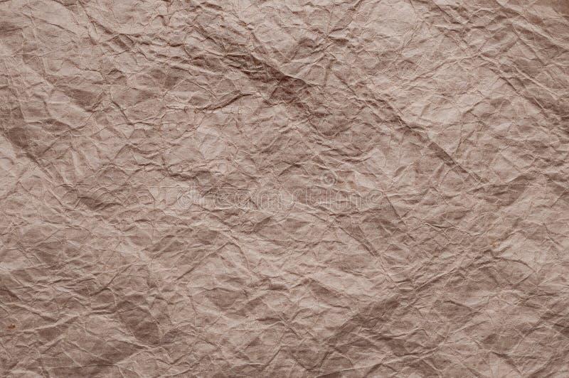 Papel de embalagem Amarrotado A textura amarrotou o papel marrom reciclado fotografia de stock