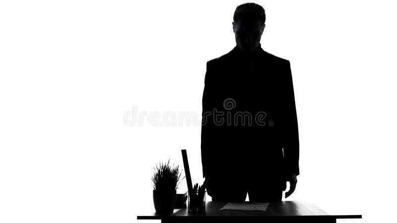 Papel de ordem da destituição da leitura do trabalhador de escritório, decepção da carreira, falha fotografia de stock