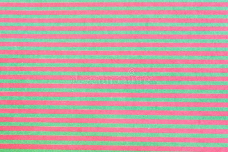 Papel do álbum de recortes com linhas coloridas imagens de stock
