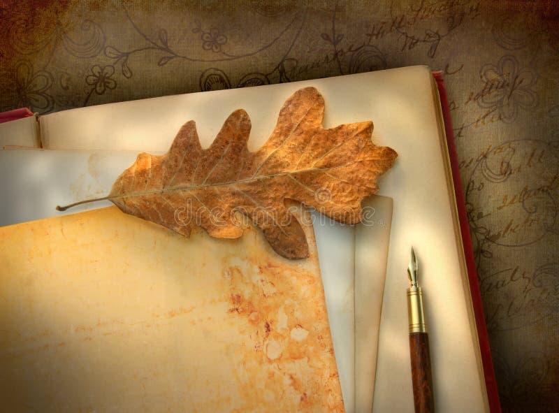 Papel floral de la vendimia con la foto fotografía de archivo libre de regalías