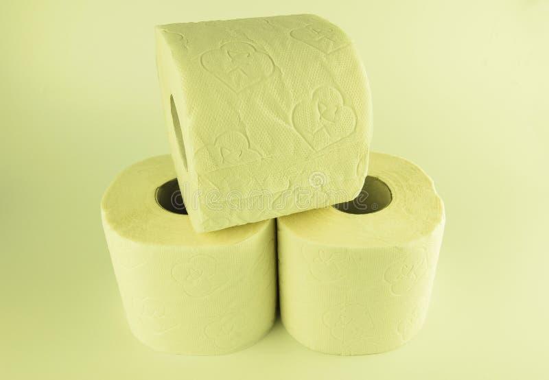 Papel higiênico branco com uma textura foto de stock