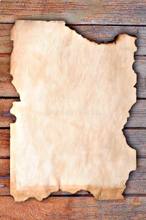 Papel queimado afiado fotografia de stock royalty free