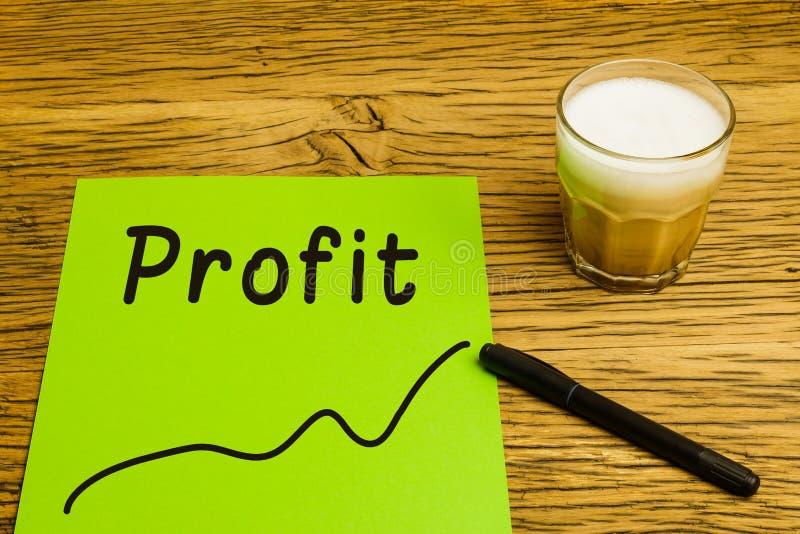 Papel verde de gráfico de lucro fotos de stock royalty free