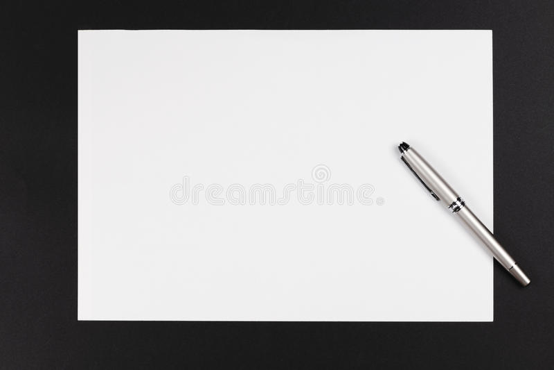 paper penna arkivbild