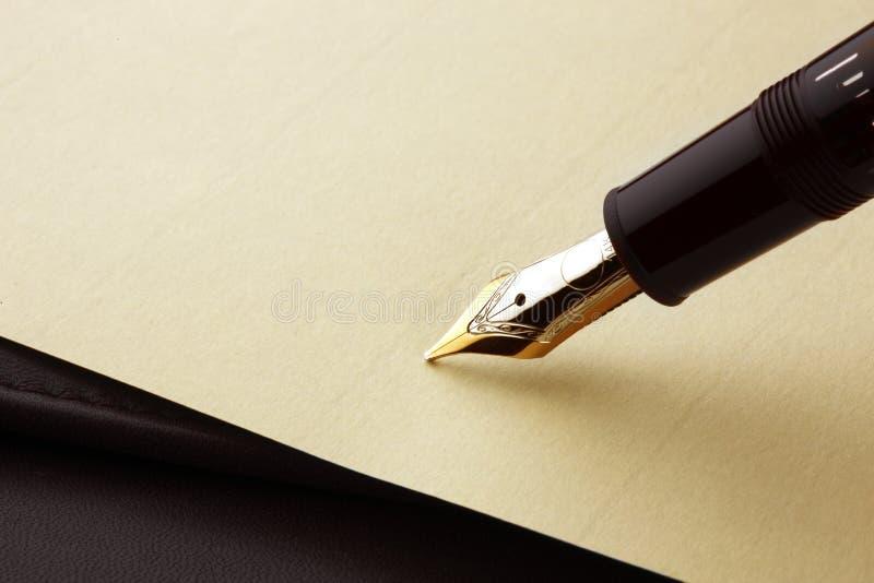 paper penna för springbrunn arkivfoton