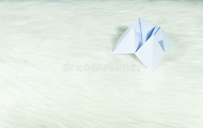 fingers in cornes folded paper game - Ecosia | Origami fortune ... | 508x800