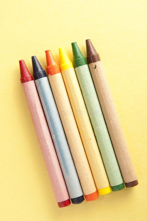 paper yellow för crayons royaltyfria foton