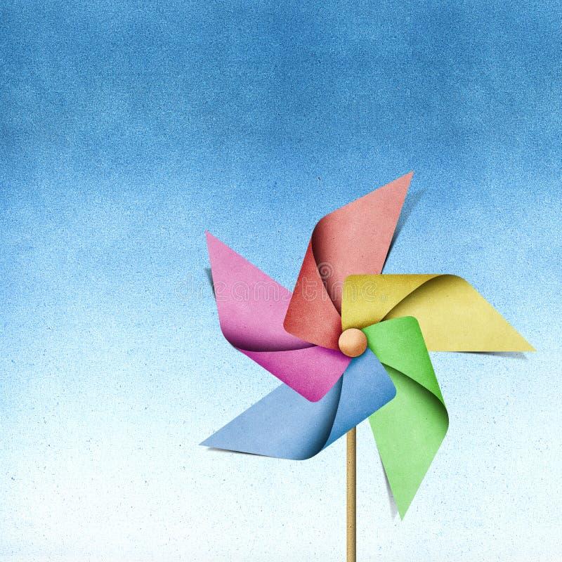 Papercraft recicl moinho de vento imagens de stock royalty free