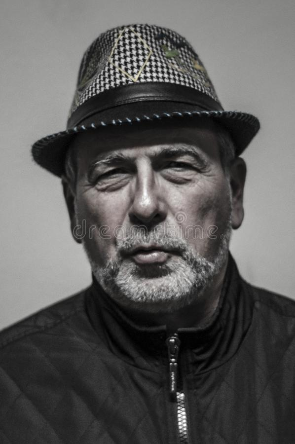 Papet J, cantante del sistema de sonido de Massilia está en el La Gare du Nord en Pézenas, Francia, en enero de 2016 fotografía de archivo libre de regalías