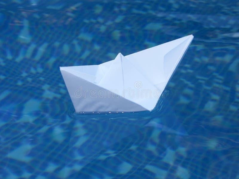 papier biała łódź zdjęcia stock