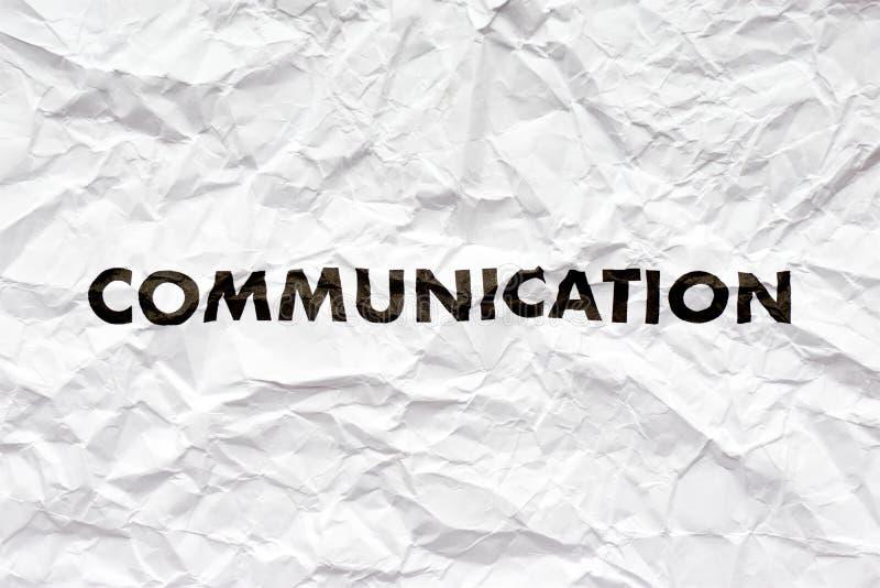 Papier blanc écroulé avec le mot communication image stock