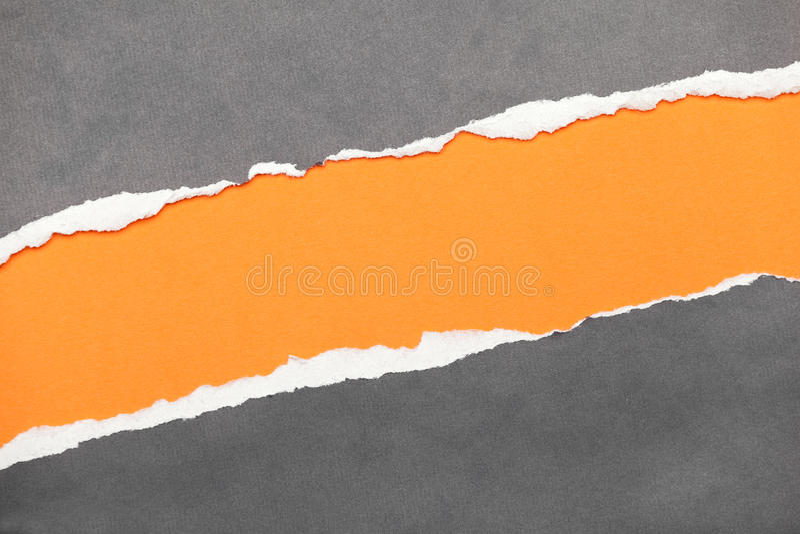Papier déchiré de bord avec l'espace pour votre message photographie stock