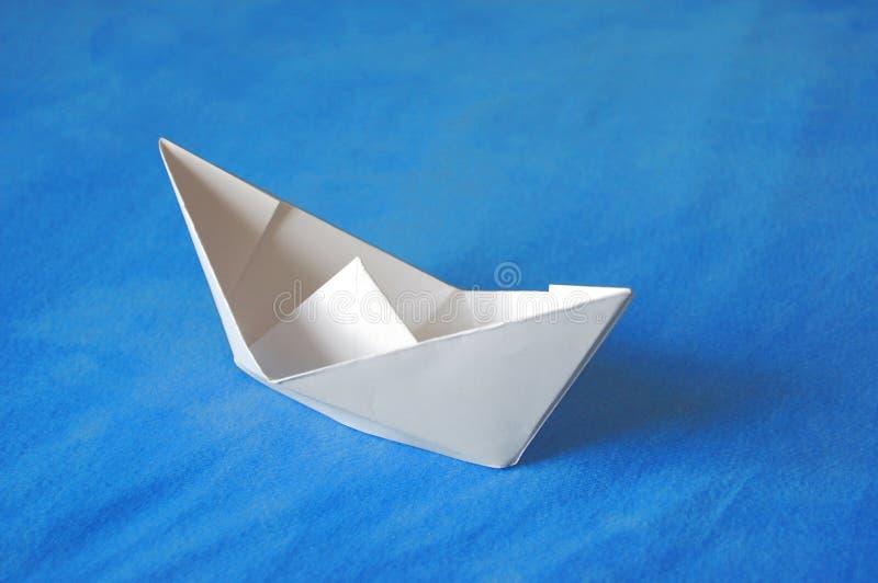 papier de bateau images stock
