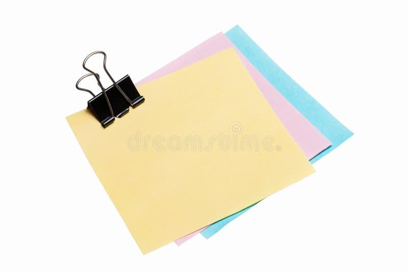 Papier de note de post-it avec l'agrafe de reliure image stock