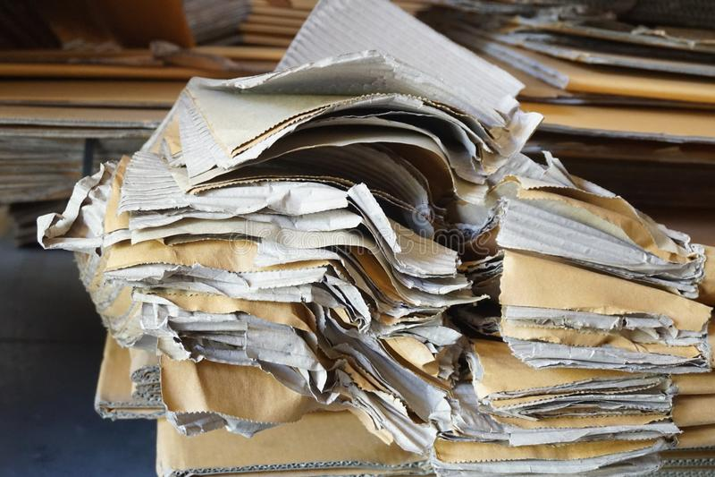 Papier ondulé abstrait images stock