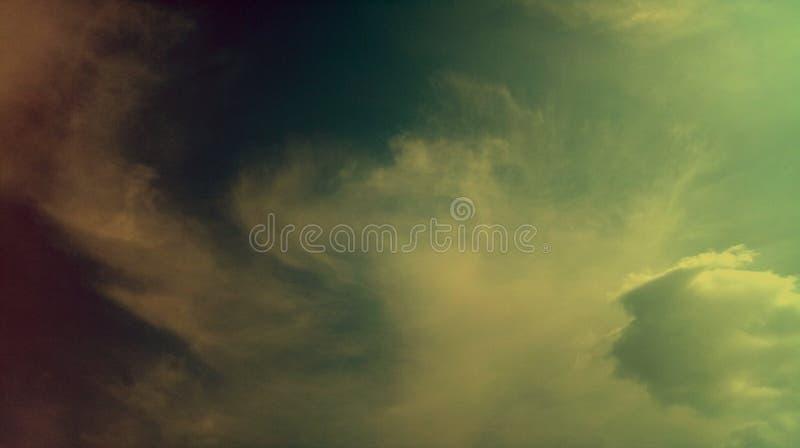 Papier peint coloré de fond de texture d'effets de mélange de nuages fumeux image stock