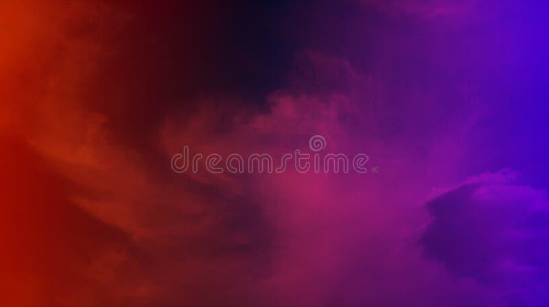 Papier peint coloré de fond de texture d'effets de mélange de nuages fumeux photos libres de droits