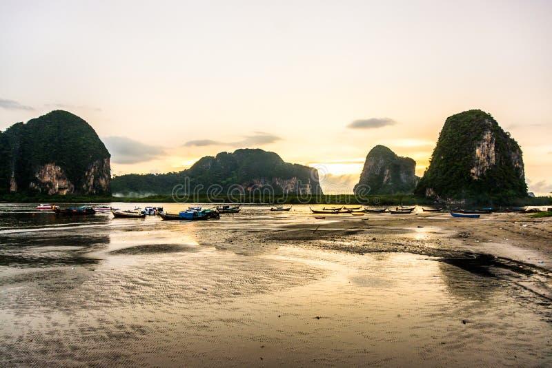 Papier peint de coucher du soleil, Thaïlande du sud images libres de droits
