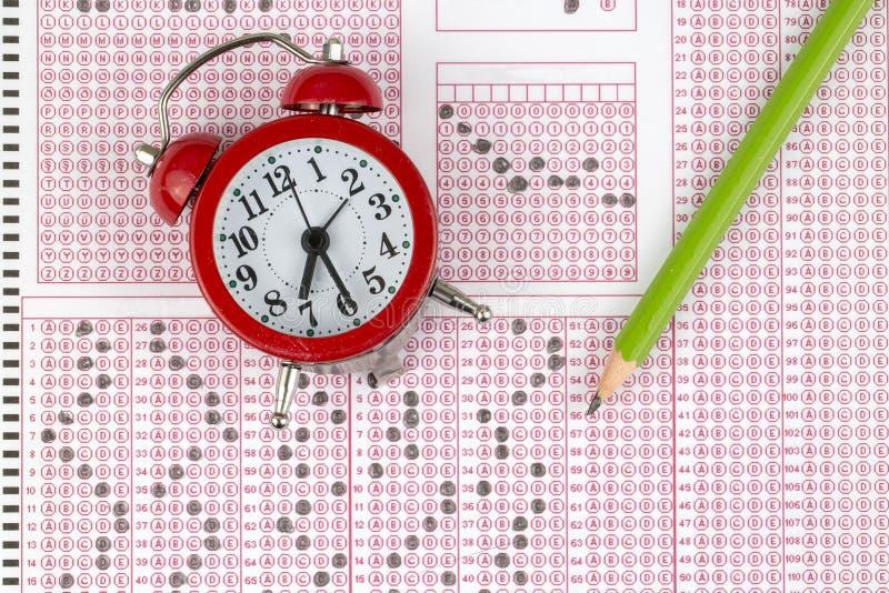 Papier réactif de jeu-concours d'examens avec le dessin au crayon photo libre de droits
