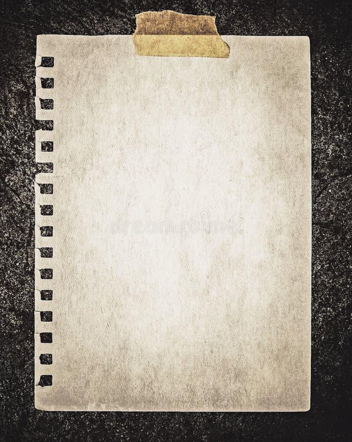 Download Papier sur la roche photo stock. Image du ruiné, concret - 45368168