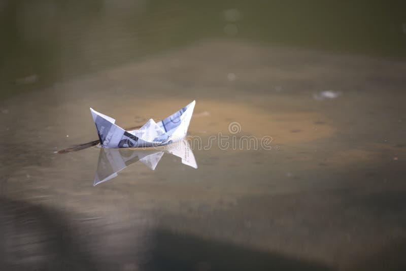Papierboot lizenzfreie stockfotos