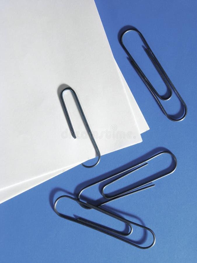 Papierklammern lizenzfreie stockfotos