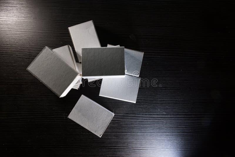 Papiermatch packt Karton-Pappweiße leere Schablone Contraast ein stockfotografie