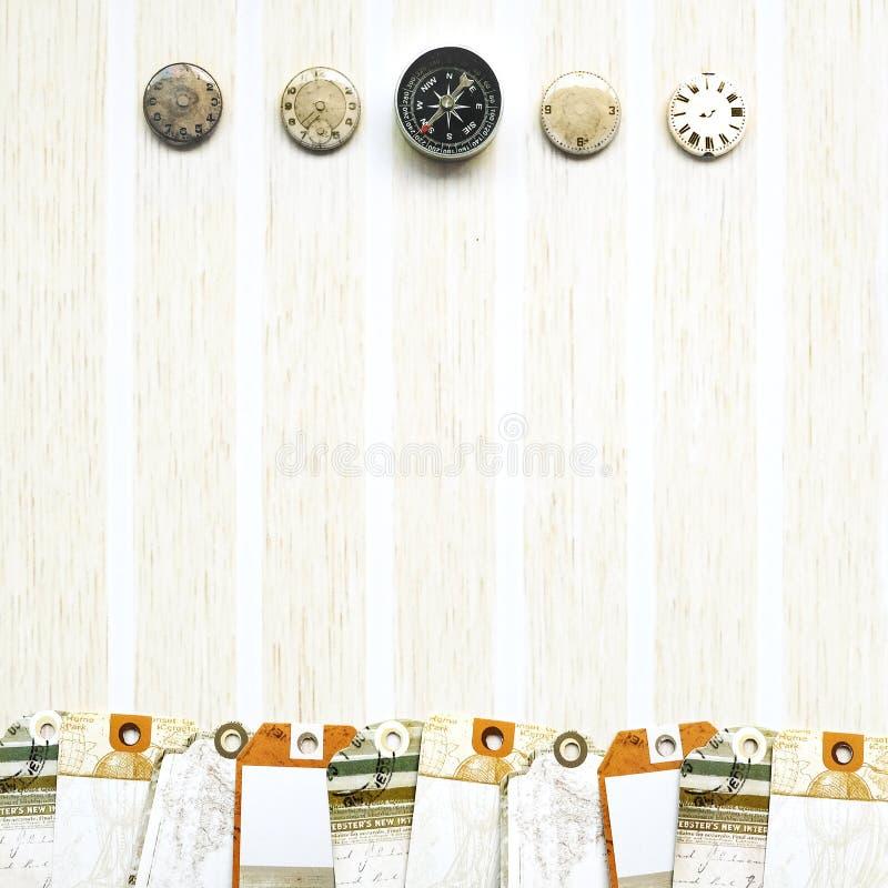 Papierowe podróży etykietki, kompas, zegar obraz royalty free
