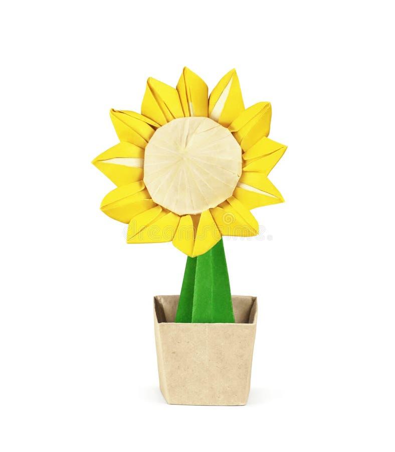 Papierowy słonecznik w garnku Ścinek ścieżka zawierać obrazy royalty free