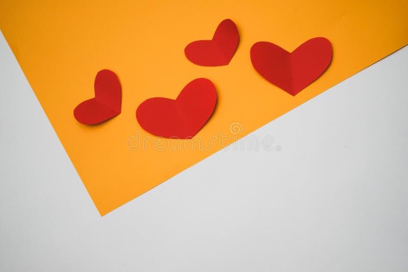Papierowy serce robić z rękami fotografia royalty free